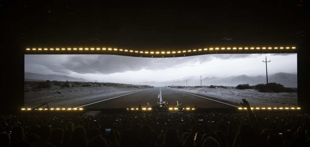 VANCOUVER May 12 2017. U2 opens it's The Joshua Tree North American Tour at BC Place Vancouver, May 12 2017. Gerry Kahrmann / PNG staff photo) ( Prov / Sun News ) 00049139A Story by Stuart Derdeyn [PNG Merlin Archive]